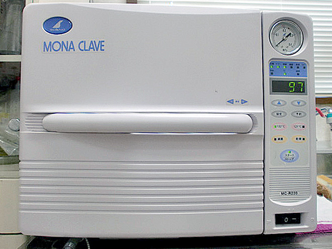 全自動高圧蒸気滅菌器